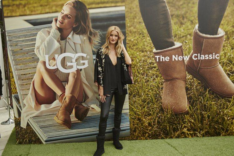 知名鞋履品牌UGG在東京安達仕酒店舉行秋冬新品記者會,請到首位品牌代言人蘿西杭廷...