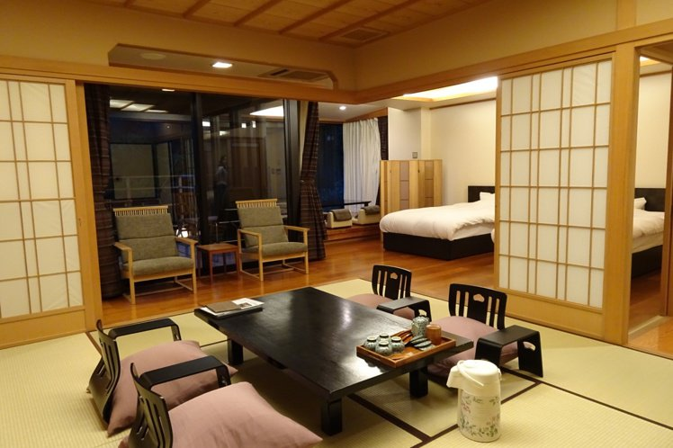 日式旅館提供在地特色的服務。圖/天下文化提供