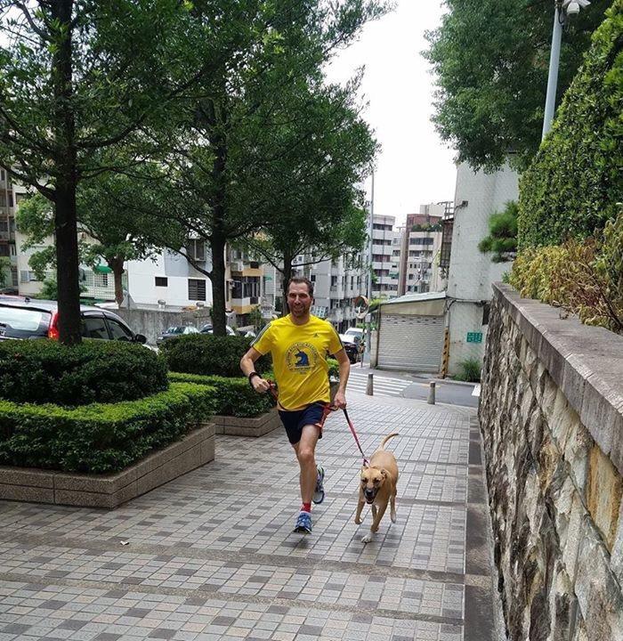 AIT新任經濟組組長洪士杰(Jeff Horwitz)經常在台北慢跑,探索台北這...
