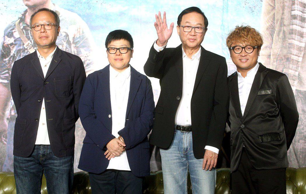 金馬獎入圍提名8項的電影「一路順風」舉行記者會,導演鍾孟宏、監製葉如芬、演員許冠...