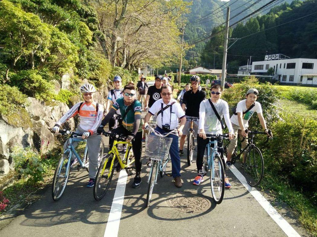 台中市與日本大分縣都有最美的自行車道,台中市府與單車專家訪日試騎耶馬溪自行車道。...