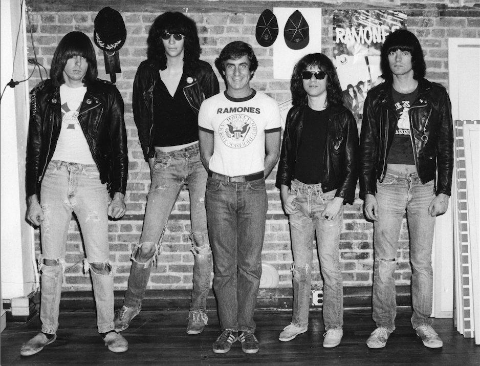 《龐克經理人》丹尼菲爾德與Ramones樂團。圖/翻面映畫提供