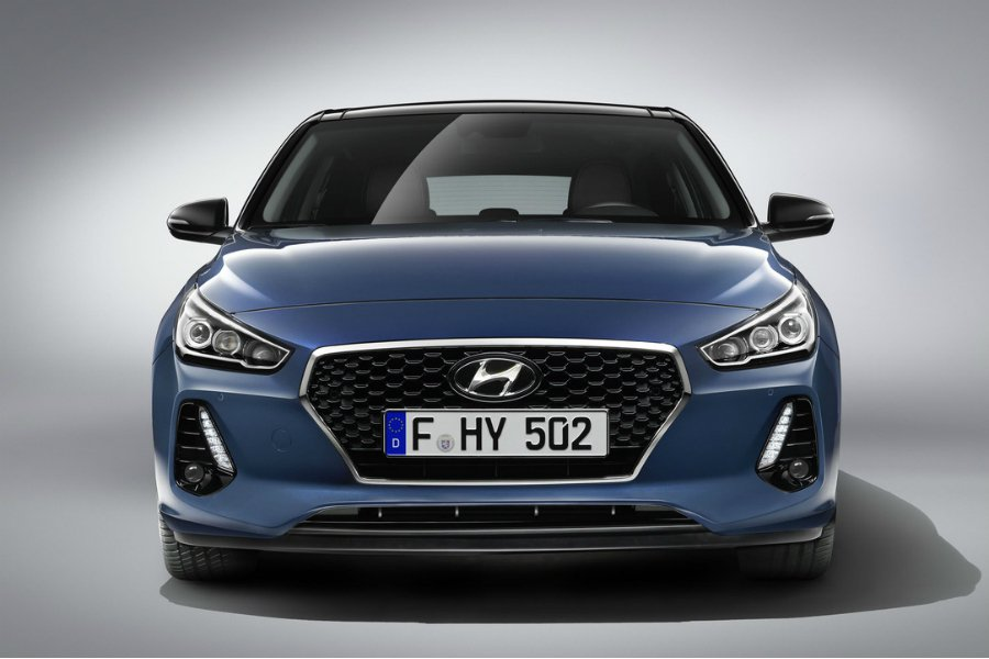 更強悍的 i30 N 將搭載 2.0 升四缸渦輪增壓引擎,最大馬力為 260 匹...