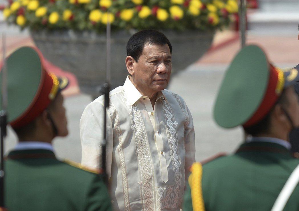 菲國總統杜特蒂2日說,他跟中俄兩國抱怨美國,中俄皆表示支持他。(美聯社)