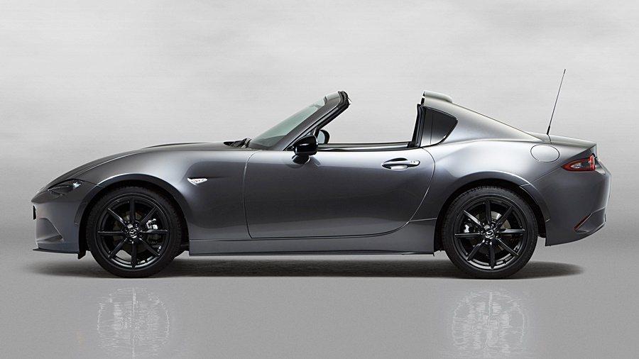 Mazda MX-5 RF硬頂敞篷車款獨特的「Fastback」車尾構型。 Ma...