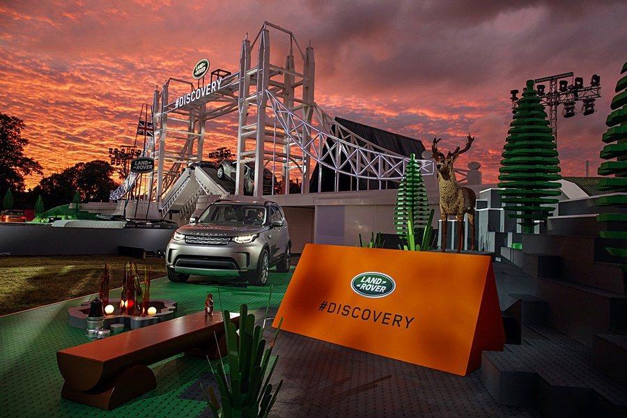 Land Rover 以成功改寫金氏世界紀錄的巨型樂高結構,宣告全新七人座 SU...