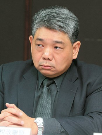 立委王榮璋是公平稅改聯盟成員,十年前就推動保護納稅者立法,這次勢在必得。 本報系...
