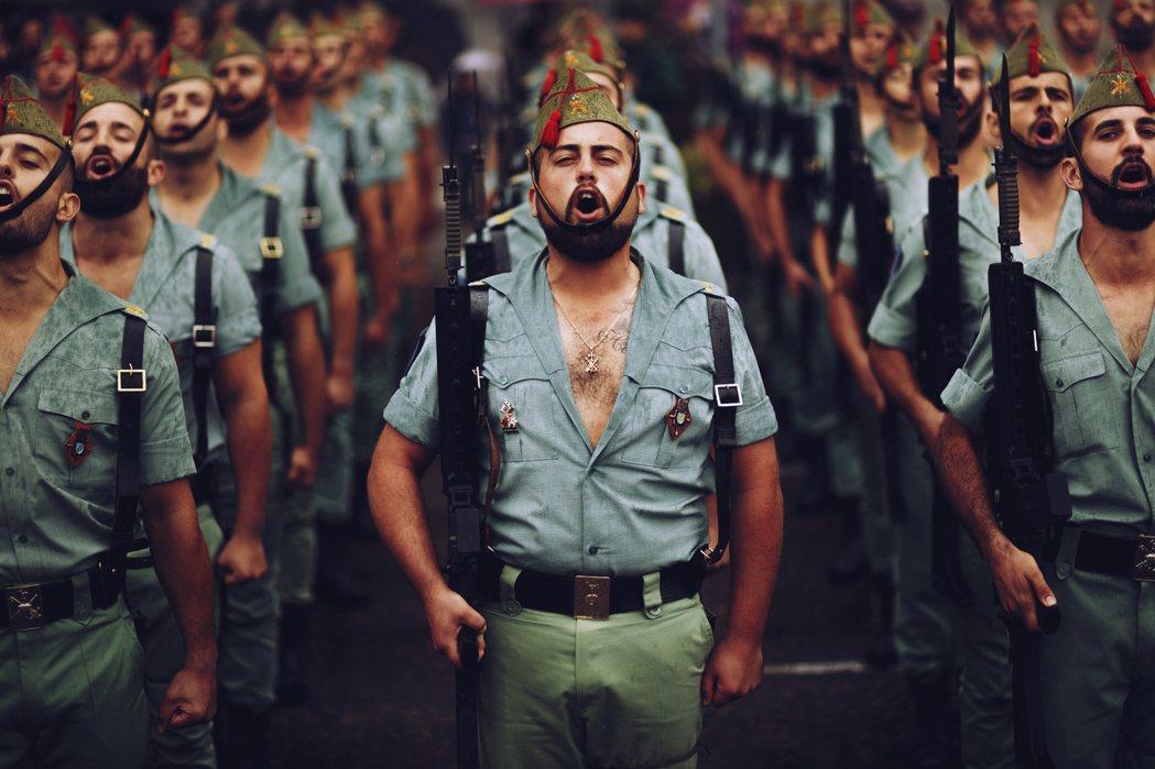 西班牙國慶日:你想知道這些胸毛大叔的故事嗎? 圖/美聯社