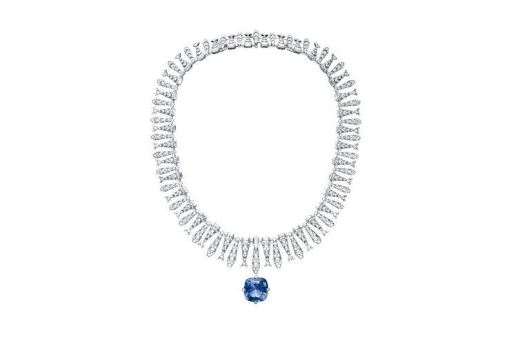 Incantation藍寶石項鍊╱戒指,鉑金,主石為一顆22.84克拉的錫蘭枕形...