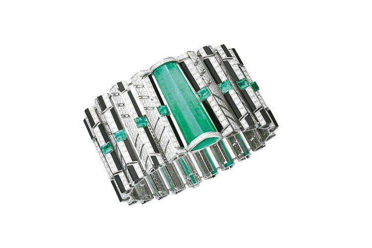 Cinétique系列祖母綠手環,白K金,主石為40.57克拉的巴西祖母綠,約4...