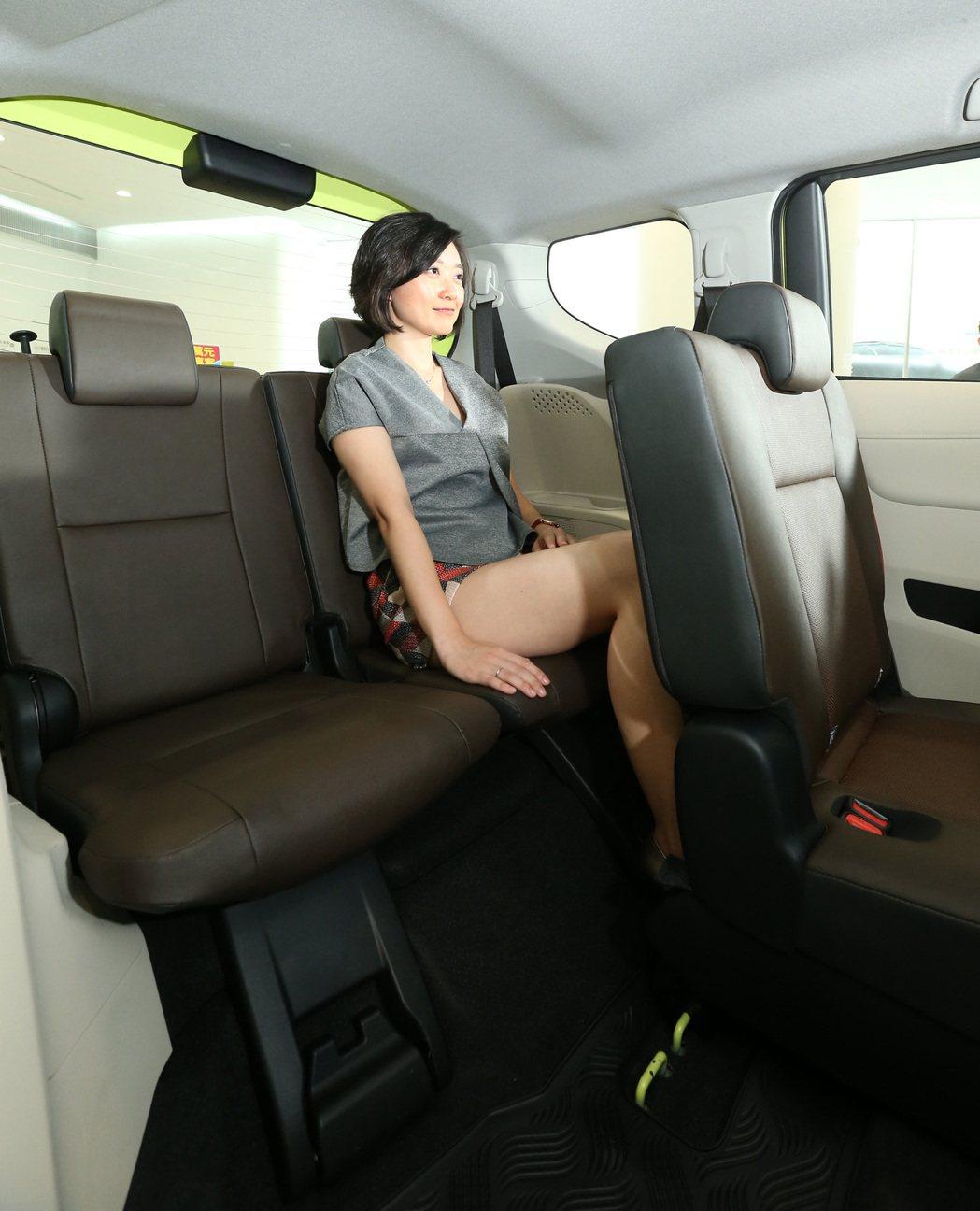 即便是第三排座椅,也能夠提供不錯的乘坐舒適度。 記者陳立凱/攝影
