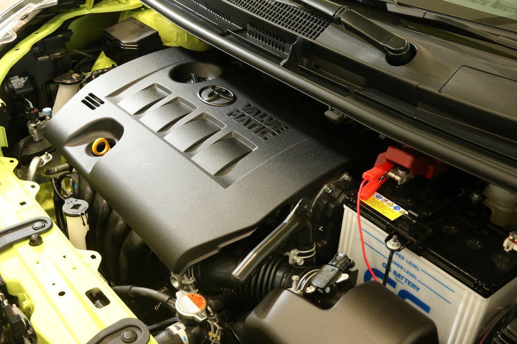 Toyota Sienta共有兩種動力設定,分別是1.5L及1.8L車型。 記者...