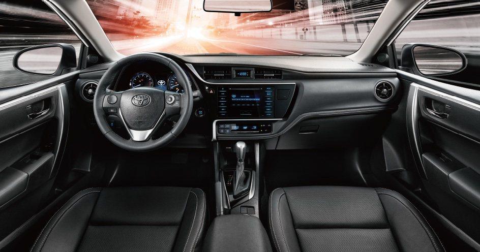 全新改款Altis內裝展現出更具質感的車室氛圍。 圖/和泰汽車提供
