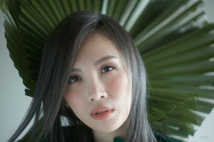 魏如萱說:「我自己有信仰,我也支持同性婚姻。」圖/頤創藝提供