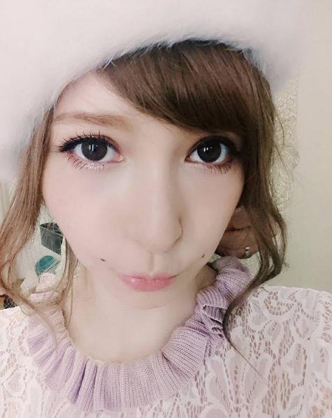 藤井LENA曾擔任時尚雜誌《ViVi》專屬模特兒長達10幾年。圖/翻攝自lena...