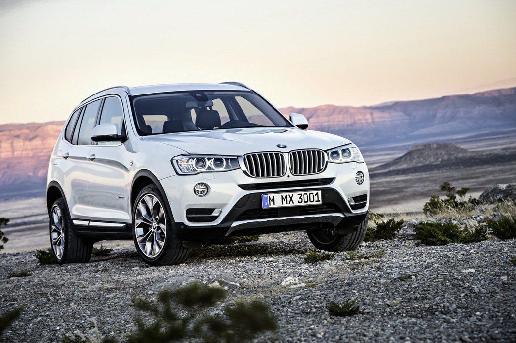 2017年式BMW X3特定車型升級標準配備Nevada真皮內裝與V輻式18吋輪...