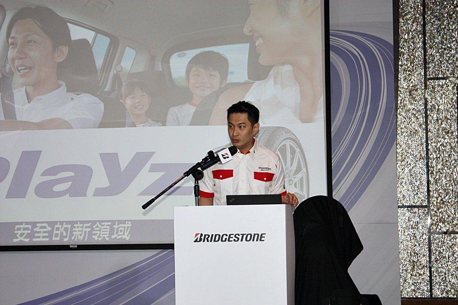 知名賽車手林帛亨分享他使用Playz的經驗。 記者林和謙/攝影