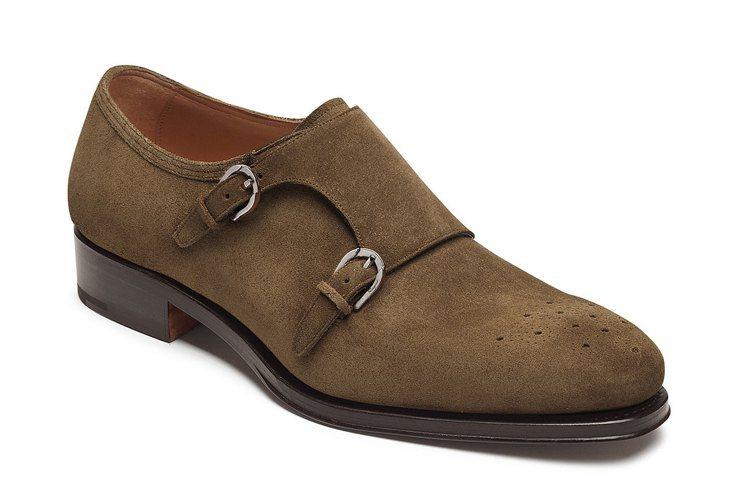 丁春誠最中意這款沙漠色麂皮雙飾釦孟克鞋,69,900元。圖/Ferragamo提...