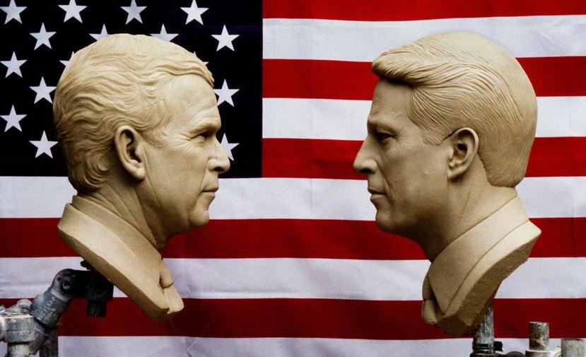 2000年美國總統大選,高爾(右)雖然贏了普選票,但選舉人票輸給了小布希(左),...