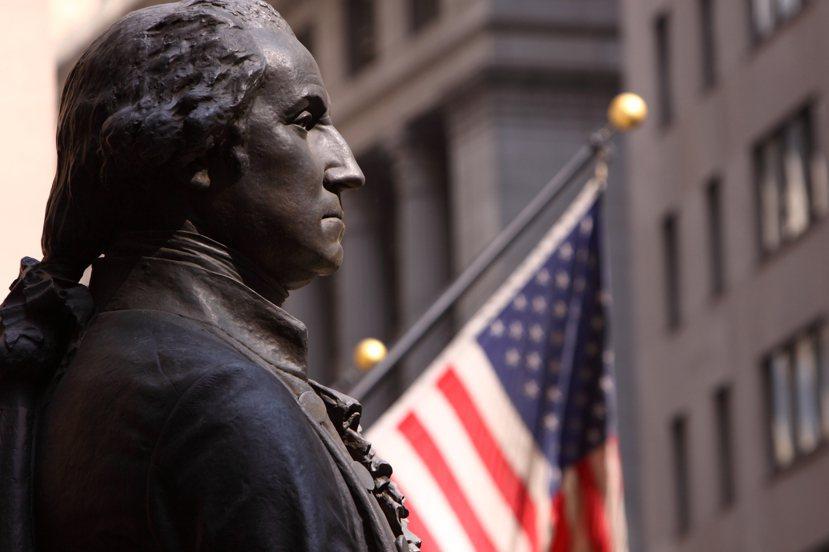 美國開國元勛設計三權並立的行政體制,是因為恐懼一旦沒有把三權分開,國家將會埋下成...