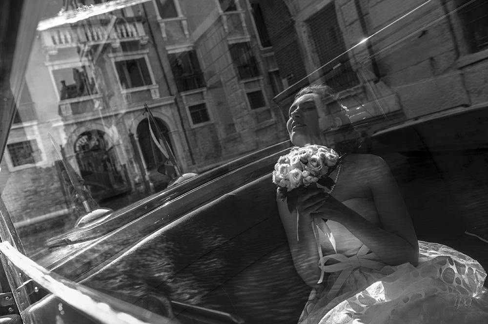 攝影者Stefano Lunardi,義大利,獲得專業組婚禮攝影第二名。圖截自I...