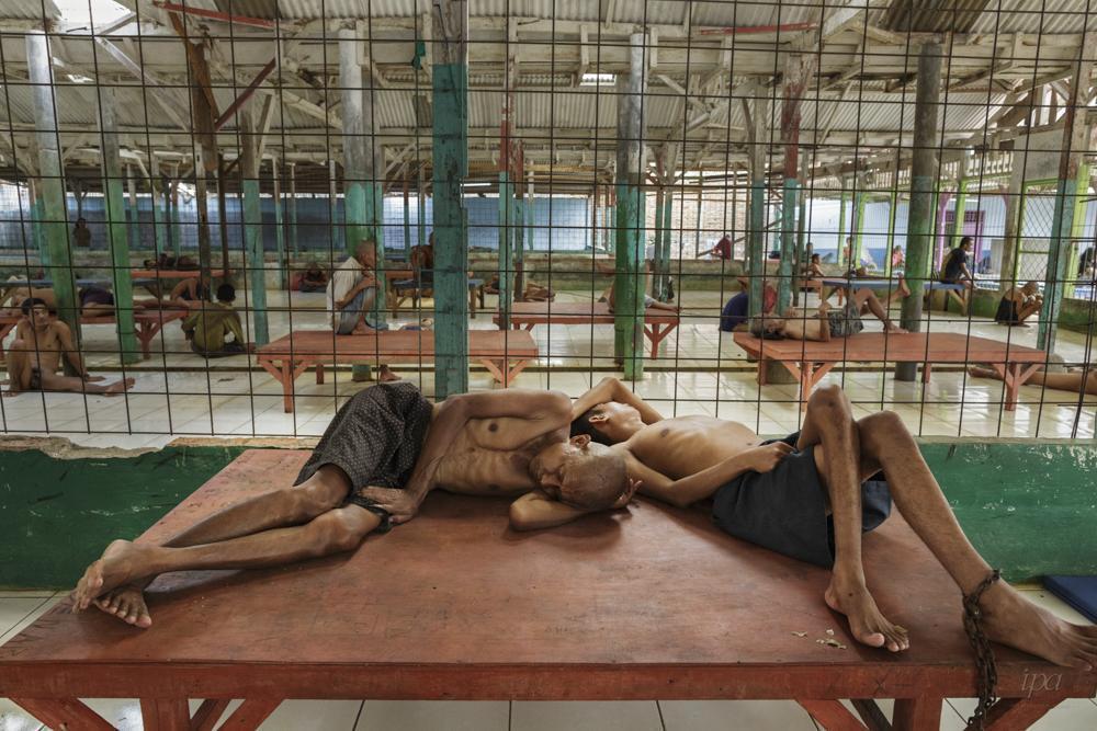 攝影者Andrea Star Reese,專業組深度觀點第一名,拍攝印尼監禁精神...