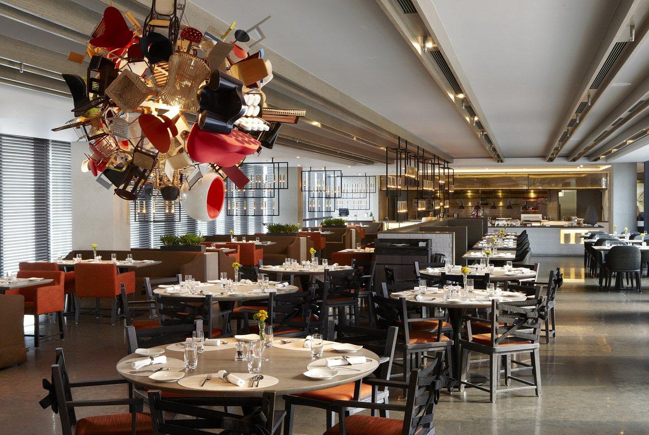 寒舍艾麗酒店旗下的La Farfalla義式餐廳主打清新舒適的用餐氛圍與主廚特製...
