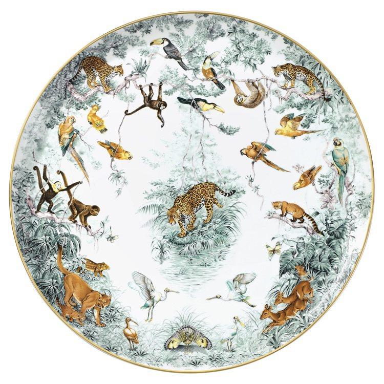愛馬仕的「赤道叢林」餐瓷出自Robert Dallet畫作。圖/Hermes提供