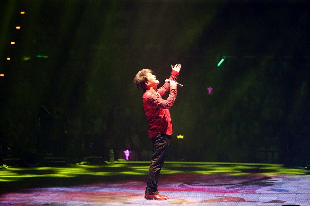 周華建健今晚在台北小巨蛋開唱。記者陳瑞源/攝影