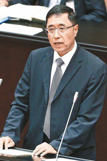 大法官被提名人詹森林昨到立法院備詢,有關性平議題,支持同性婚姻。 記者王騰毅/攝...