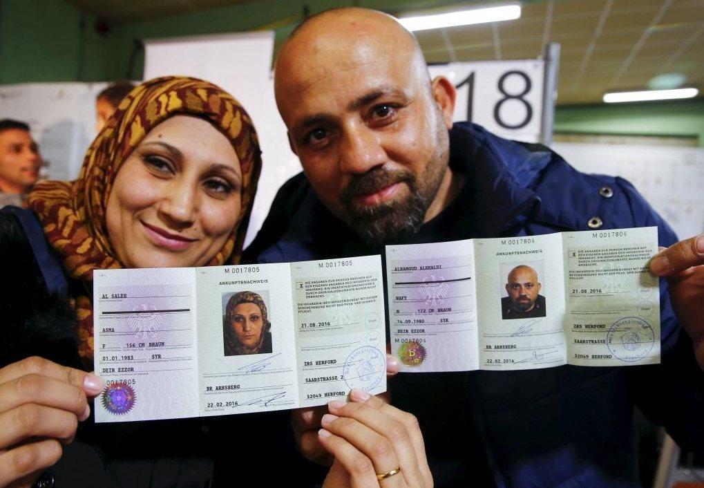 德國面臨著現實的問題,即使駁回了政治庇護的申請,政府要執行人道遣返,仍嚴重欠缺人...