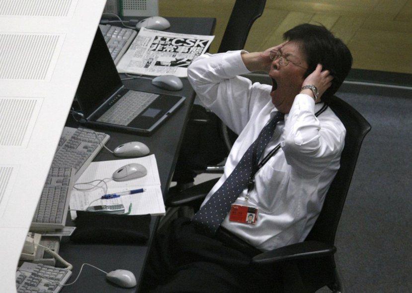 2000年日本最高法院判決認為,雇主有維持安全勞動環境的義務,因此應注意調整工作...