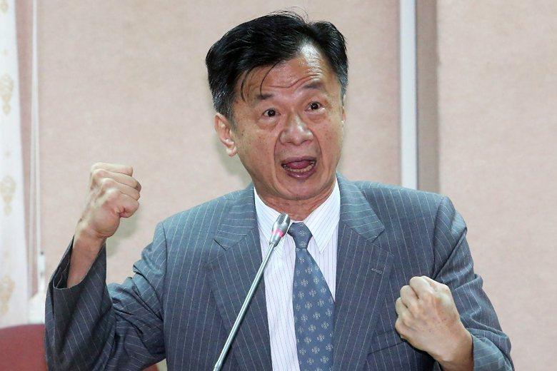 法務部長邱太三的「酒駕多為中下階層」說法,讓部分媒體質疑是否有歧視的嫌疑。 攝影/記者胡經周