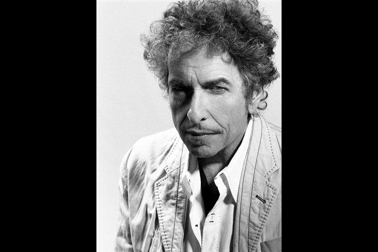 有論者指出,名利雙收的Bob Dylan不需要諾貝爾文學獎,但世界上有許多筆耕不...