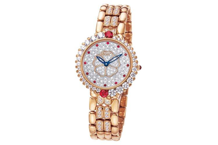 愛其華山茶花鑽石表,表盤精鑲96顆鑽石。圖/Ogival提供