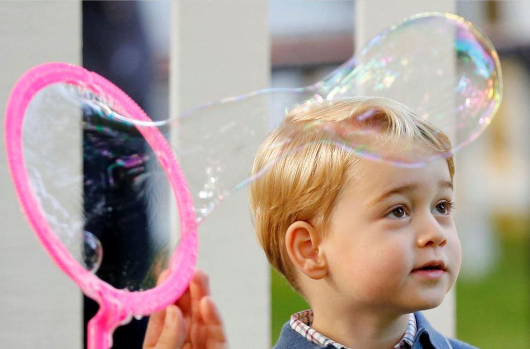 今年3歲的喬治小王子,受到的國際關注依舊無人能及,不僅成為英國製造的最佳品牌代言...