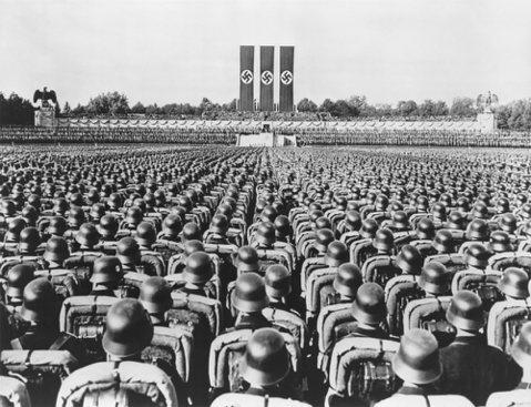 迷幻希特勒——毒品砌成的美麗新世界