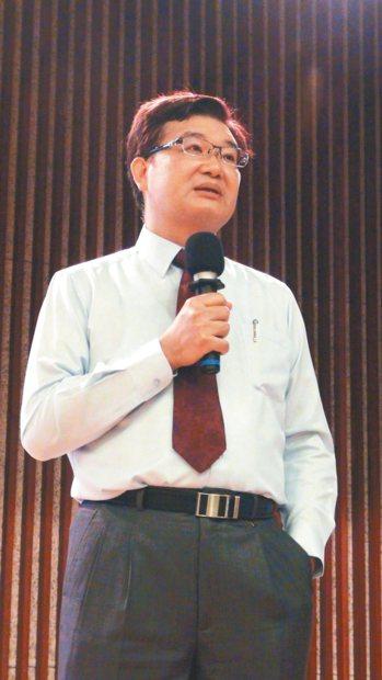 新華陀牙醫診所院長宋開書 記者王昭月/攝影
