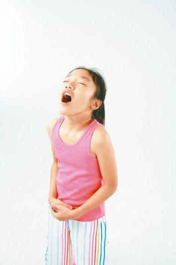 幼童飲食不均衡,容易影響發育。 報系資料照