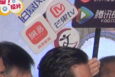 賴雅妍真的太可愛了啦「一」口氣介紹完「一萬公里的約定」講到要斷氣快笑翻