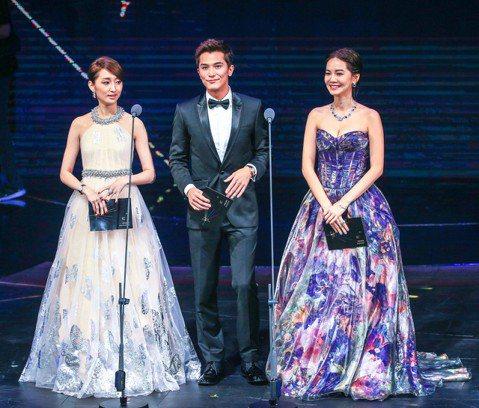 第51屆金鐘獎在國父紀念館盛大舉行,柯佳嬿(左起)、邱澤、曾之喬擔任頒獎人。