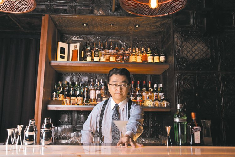 East End是東區最in的酒吧之一,還有世界知名調酒師Ueno坐鎮。 圖/華...