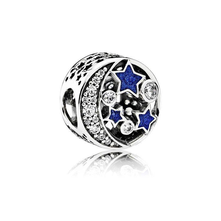 懷舊夜空藍色琺瑯鋯石925銀串飾,2,680元。圖/PANDORA提供