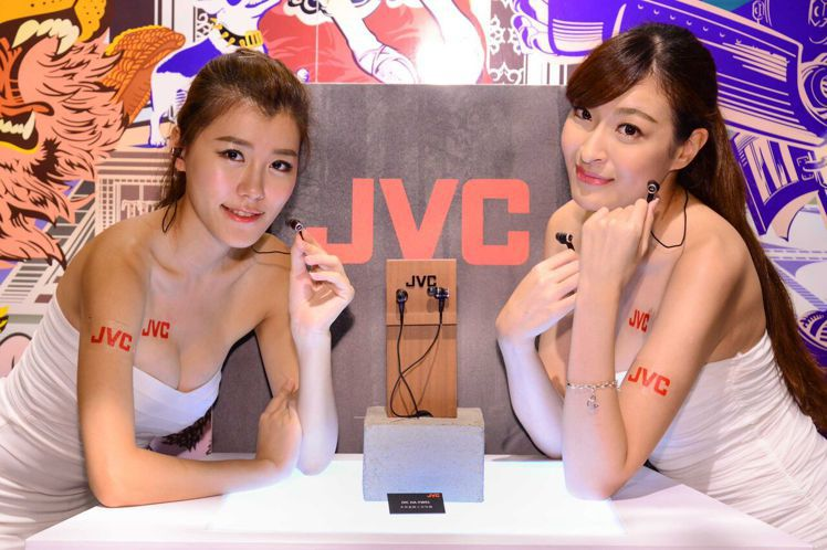 JVC在台推出第4代木質振膜入耳耳機。圖/JVC提供