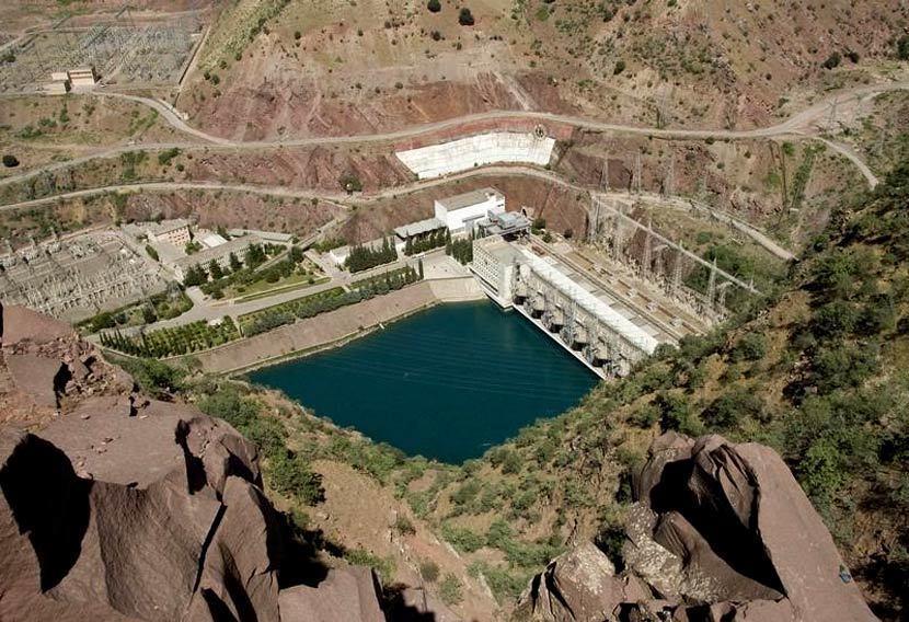 座落於塔吉克斯坦境內瓦赫什河的努列克水壩(Nurek Dam),建於蘇聯時期,近...