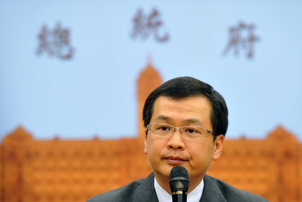 前總統府副秘書長羅智強因處理王金平涉嫌關說案,成為眾矢之的,在外界強大壓力下,請...