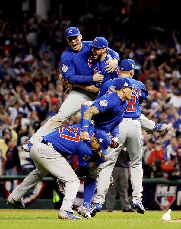 終結「百年孤寂」的MLB芝加哥小熊,與克里夫蘭印第安人聯手編造了我們所能想像的最...