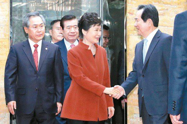 閨密門延燒 朴槿惠讓出總理提名權