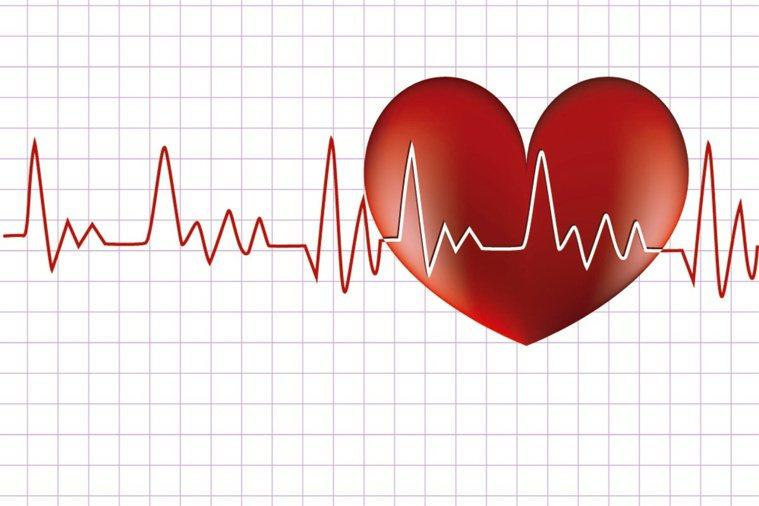 心跳過快,當心恐是「減壽」警訊。 圖片/shutterstock