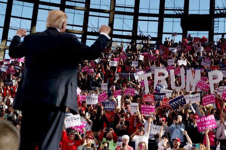 無論川普失敗與否,制度和民主理念都透過「選民發起的革命性輪替」得到了勝利。 圖/...